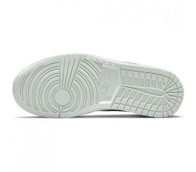 Kyrie Low 4 White Laser Blue